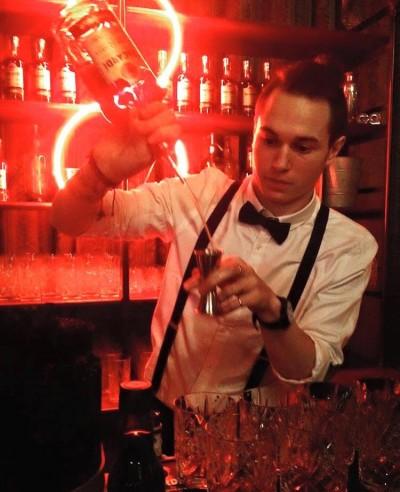 Bartender paris