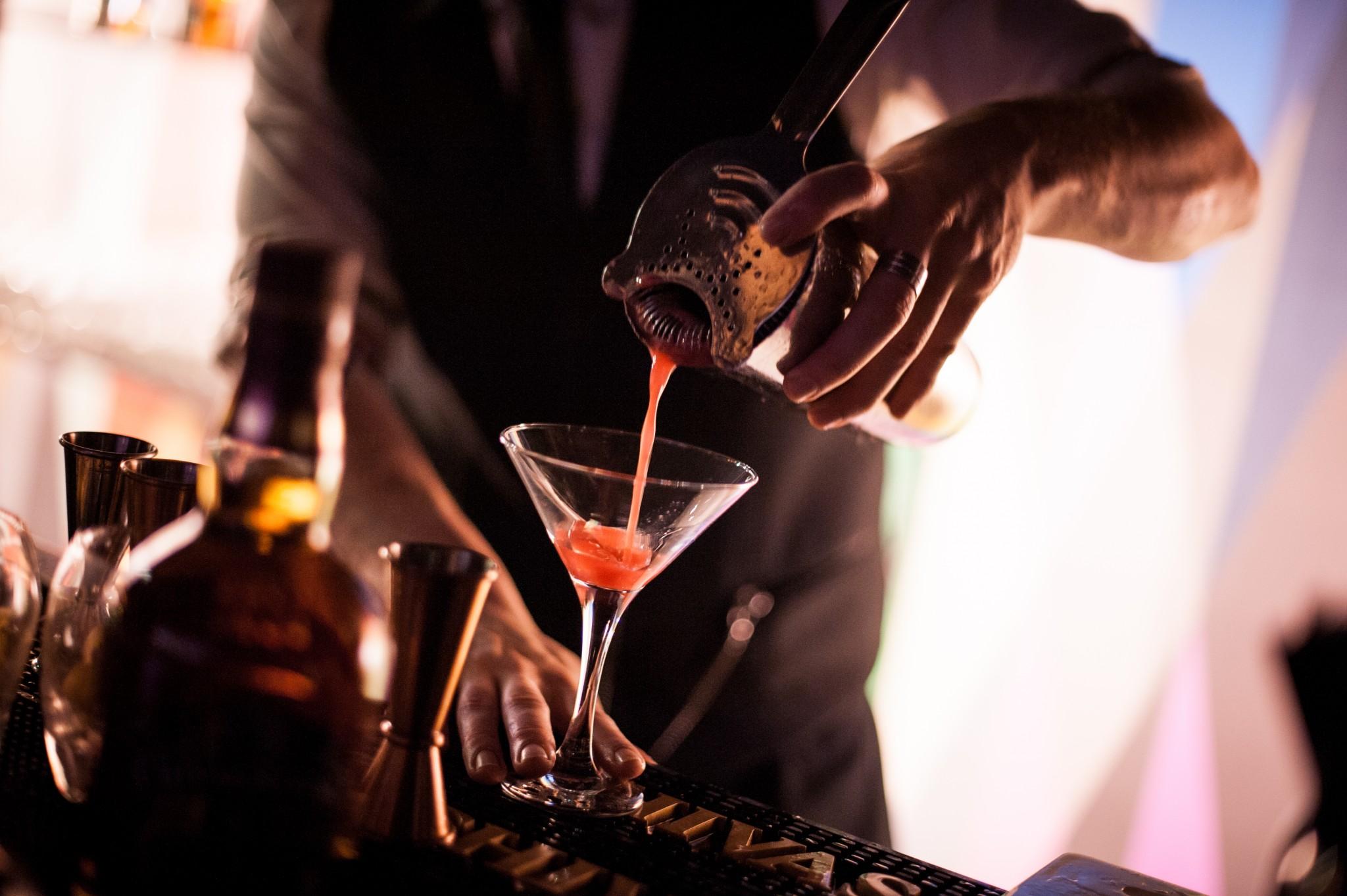 Bar à cocktail et barman événementiel